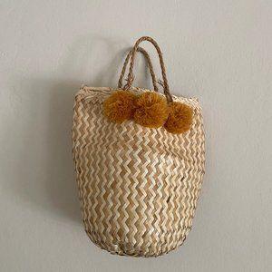 Madewell Pom Pom Woven Straw Belly Bag